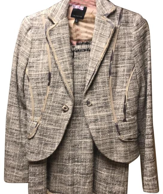 Preload https://img-static.tradesy.com/item/24414655/the-limited-tweed-skirt-suit-size-2-xs-0-1-650-650.jpg