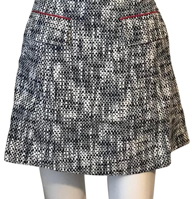 Preload https://img-static.tradesy.com/item/24414881/sail-to-sable-navy-tweed-tradition-skirt-size-6-s-28-0-2-650-650.jpg