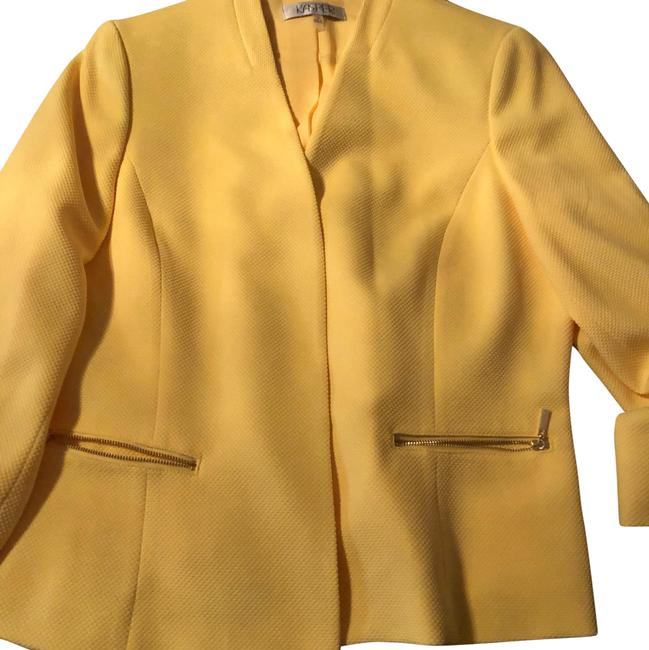 Preload https://img-static.tradesy.com/item/24415036/kasper-yellow-jacket-blazer-size-16-xl-plus-0x-0-1-650-650.jpg