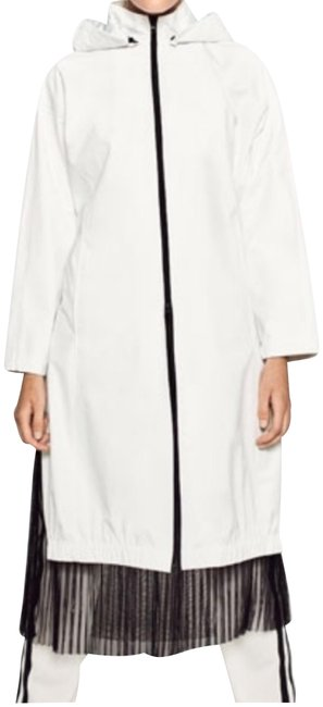 Item - White Coat Size 6 (S)
