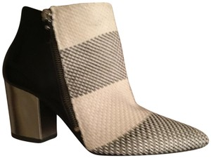 Vic Matié Black and white Boots