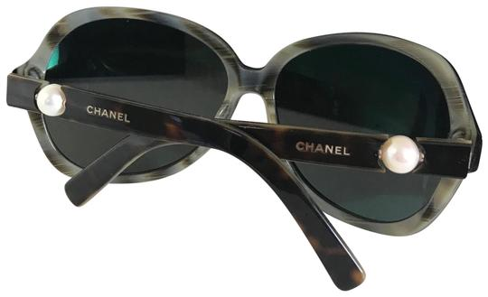 Preload https://img-static.tradesy.com/item/24415400/chanel-black-pearl-sunglasses-0-1-540-540.jpg