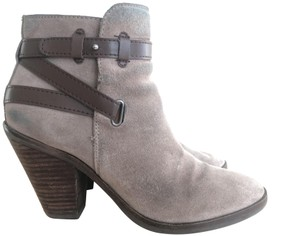DV by Dolce Vita Suede Size 8 taupe Boots