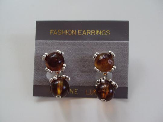 Other New With Tags Vintage Lucite Pierced Earrings Carded Image 1