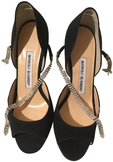 Preload https://img-static.tradesy.com/item/24415683/manolo-blahnik-black-maricrona-d-orsay-with-swarovski-crystals-formal-shoes-size-eu-35-approx-us-5-r-0-1-540-540.jpg