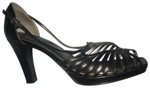 Nine West Strappy Leather Leather Black Sandals