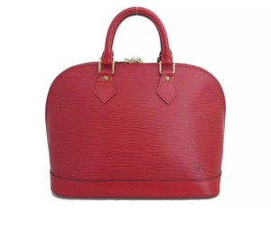 Louis Vuitton Satchel in Epi leather red