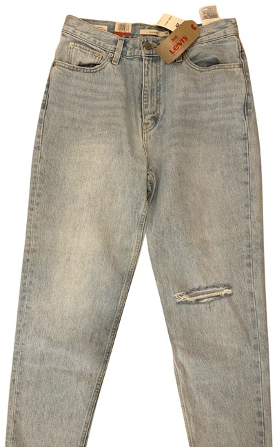 Levi's Desert Light Wash Mom Relaxed Fit Jeans Size 8 (M, 29, 30) Levi's Desert Light Wash Mom Relaxed Fit Jeans Size 8 (M, 29, 30) Image 1