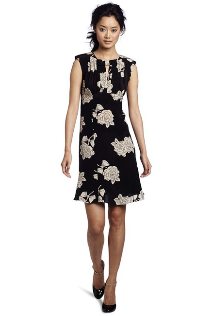 Preload https://img-static.tradesy.com/item/24416153/tracy-reese-blackparchment-rose-fit-and-flare-floral-short-night-out-dress-size-6-s-0-0-650-650.jpg