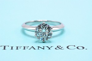 Tiffany & Co. G Vvs2 Platinum Diamond Round 1.68 Cts 500 Retail Engagement Ring