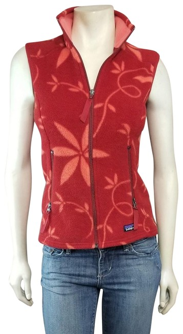 Preload https://img-static.tradesy.com/item/24417043/patagonia-red-orange-synchilla-floral-print-zip-up-outdoor-hike-run-vest-size-10-m-0-1-650-650.jpg