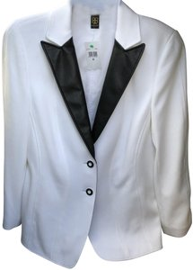 Basler White with Black lapel/buttons Blazer
