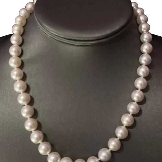 Preload https://img-static.tradesy.com/item/24417451/mikimoto-white-certified-59-050-large-10-95-mm-17-inch-18-kt-gold-pearl-necklace-0-2-540-540.jpg