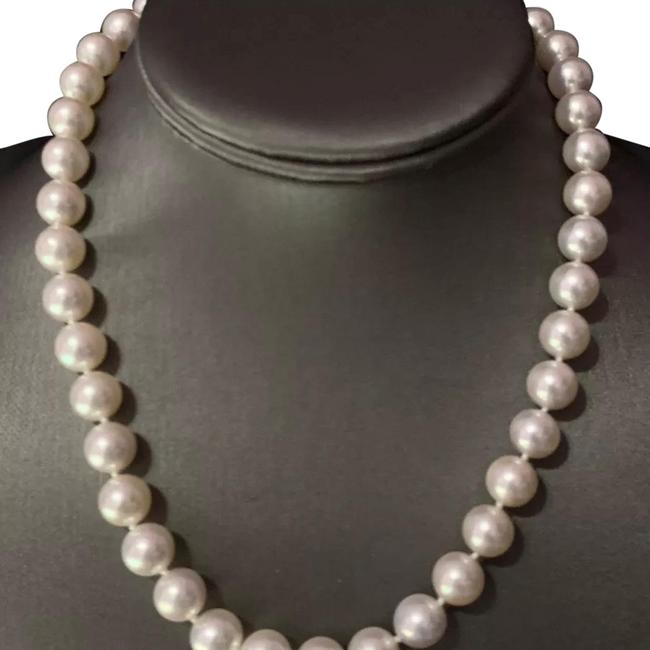"""Mikimoto White Certified 59050 Large 10mm 17"""" 18kt Gold Pearl Necklace Mikimoto White Certified 59050 Large 10mm 17"""" 18kt Gold Pearl Necklace Image 1"""