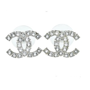 Chanel mint condition B18 S Silver tone crystal earrings