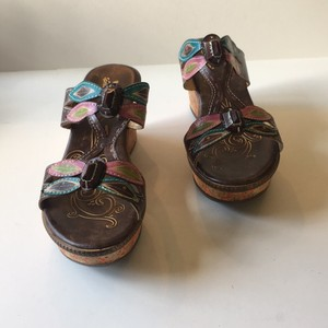 Spring Step Brown Sandals