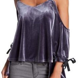 Romeo & Juliet Couture Top Charcoal Gray