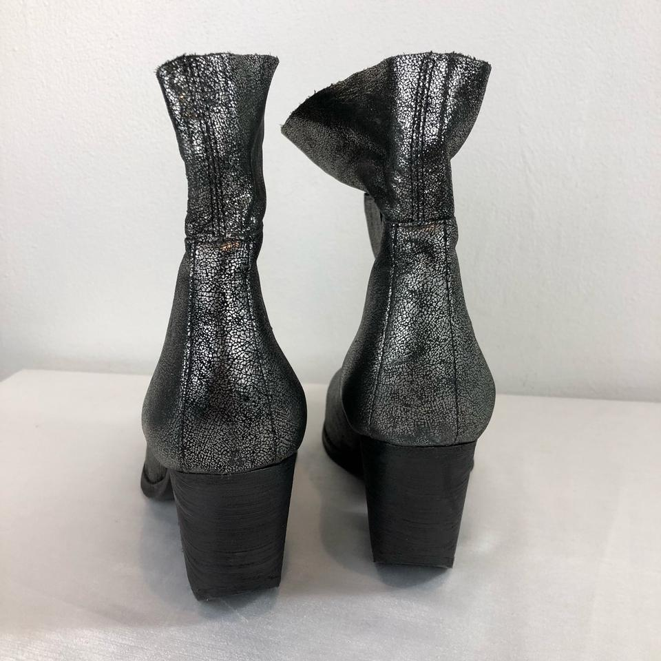 5dea326a3403 SCHUTZ Silver Black Crackle Short Chunky Heel Boots Booties Size US ...