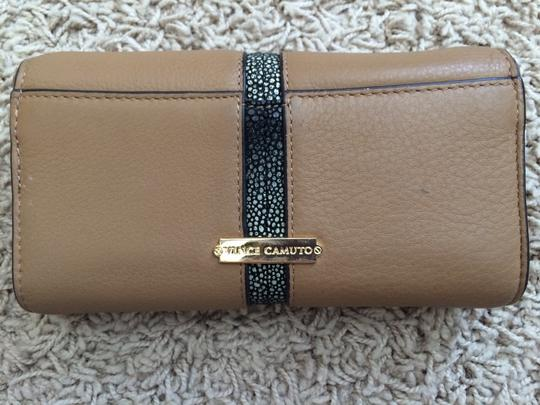 Vince Camuto VINCE CAMUTO MARGO LEATHER CHECKBOOK ORGANIZER Image 1