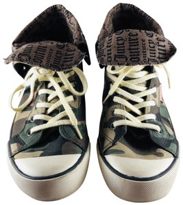Juicy Couture Camouflage Athletic
