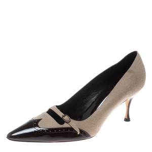 Manolo Blahnik Patent Leather Wool Beige Pumps