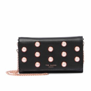 4f6248948ec7 Black Ted Baker Clutches - Up to 90% off at Tradesy