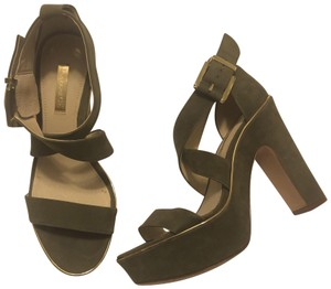 Louise et Cie Olive and gold Platforms