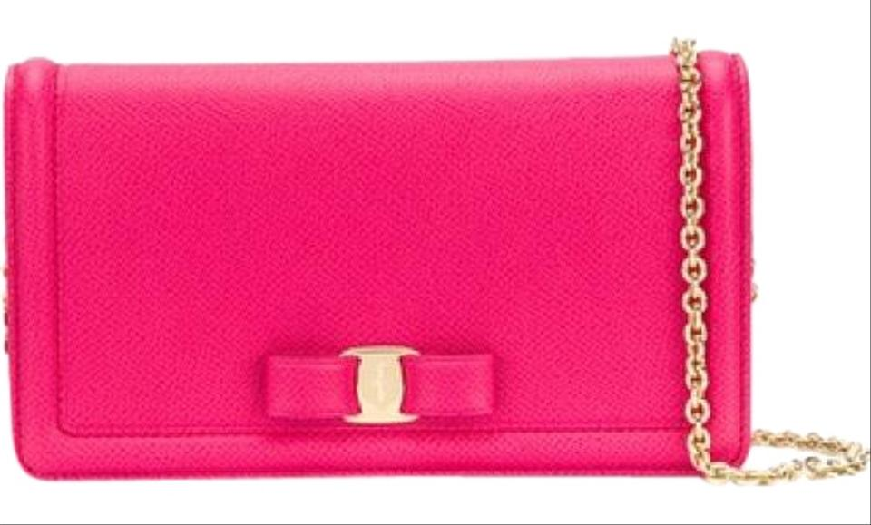 Salvatore Ferragamo Miss Vara Ginny Begonia Pink Leather Shoulder ... 6df39bd431479
