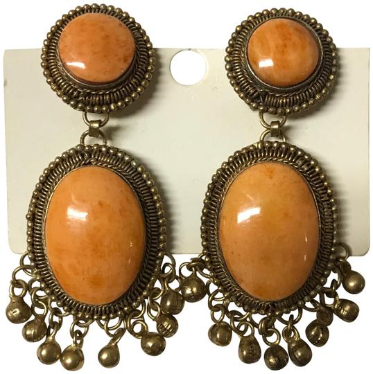Preload https://img-static.tradesy.com/item/24424000/orange-with-a-gold-brace-flecked-large-clip-brooch-matching-earrings-0-1-540-540.jpg