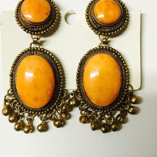 Franchi orange gold flecked large clip earrings with Brooch matching Image 5