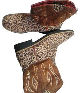 Faded Glory Brown Boots