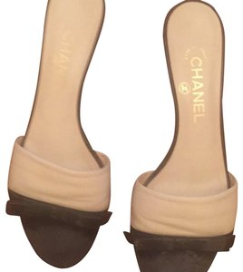 Chanel Beige and black Mules