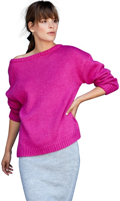 Item - Slouchy Fuchsia Sweater