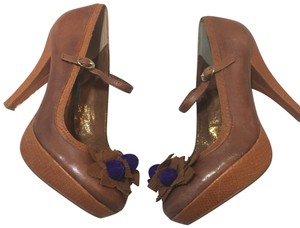 Poetic License Cognac Platforms