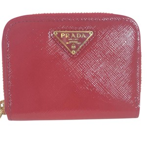 Prada PRADA Triangolo Saffiano Vernic Leather Coin Purse