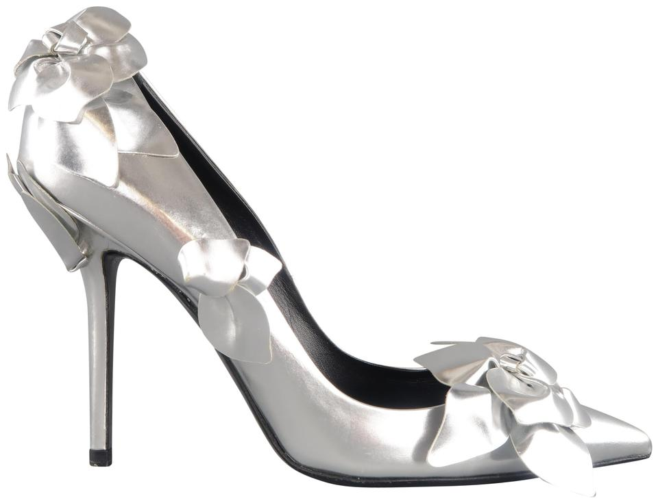 7be127b0c16 Roger Vivier Silver Pointed Toe