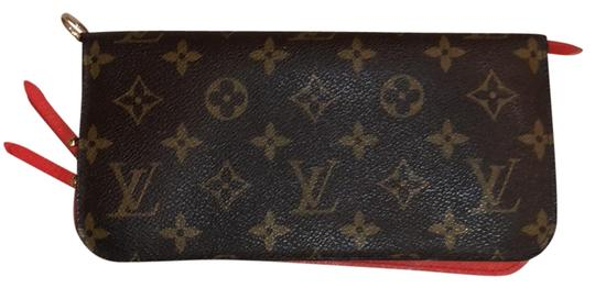 Preload https://img-static.tradesy.com/item/24426523/louis-vuitton-brown-and-red-damier-ebene-insolite-zippy-wallet-0-1-540-540.jpg