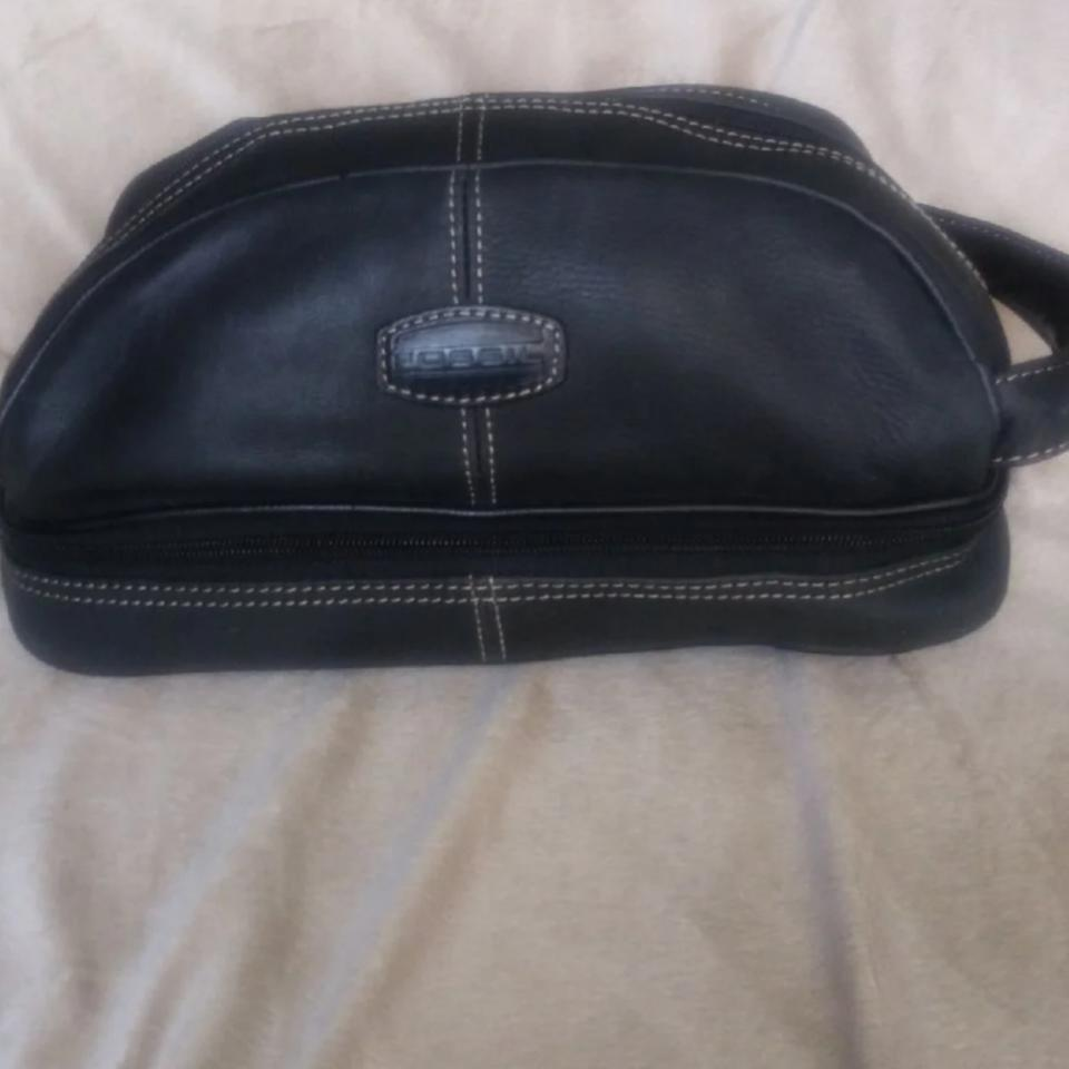Fossil Black Leather Caddy Travel Cosmetic Bag 84 Off Retail