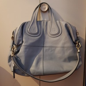 cd722c591b3bd Added to Shopping Bag. Givenchy Satchel in light grey. Givenchy Nightingale  Medium Light Grey Leather Satchel