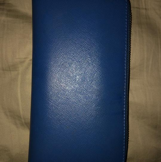 Tory Burch Robinson Zip Continental Wallet Image 1