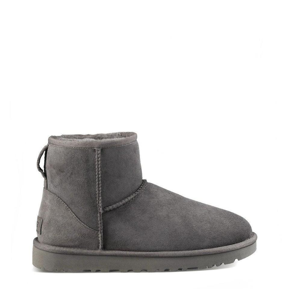 2daf7e9ea203 UGG Australia Grey Winter Suede Ankle Boots Booties. Size  EU 37 ...