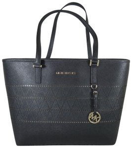 Michael Kors Leather 191935013361 Tote in Black