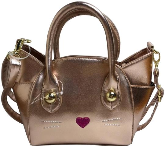 Preload https://img-static.tradesy.com/item/24430062/betsey-johnson-luv-by-kitty-satchel-rose-gold-cross-body-bag-0-1-540-540.jpg
