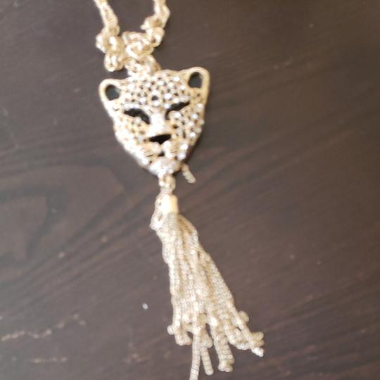 Preload https://img-static.tradesy.com/item/24430549/long-and-earrings-panther-necklace-0-1-540-540.jpg