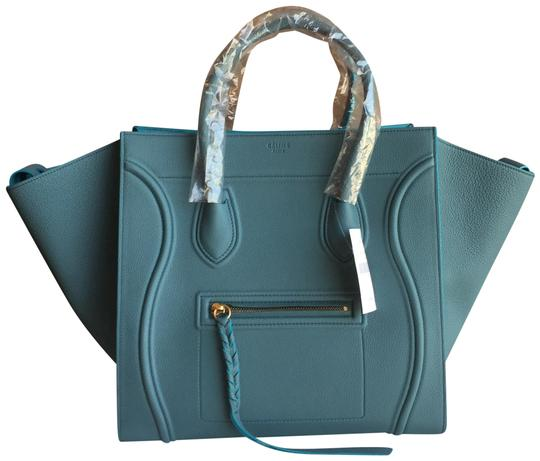 Preload https://img-static.tradesy.com/item/24430551/celine-cabas-phantom-medium-color-ocean-leather-tote-0-1-540-540.jpg