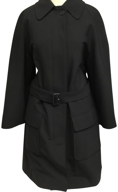 Preload https://img-static.tradesy.com/item/24430987/burberry-black-classic-with-lining-coat-size-12-l-0-2-650-650.jpg
