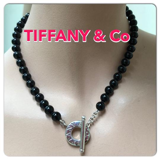 Preload https://img-static.tradesy.com/item/24431085/tiffany-and-co-black-onyx-beads-co-toggle-necklace-0-3-540-540.jpg