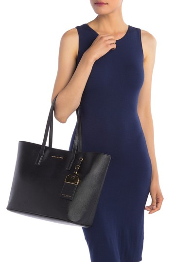 Marc Jacobs Tote in Black Image 10
