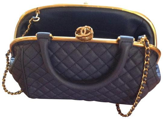 Preload https://img-static.tradesy.com/item/24431110/quilted-blue-with-gold-trim-leather-shoulder-bag-0-1-540-540.jpg