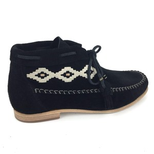 Soludos Moccasins Embroidered Boho Tribal Suede Black Boots